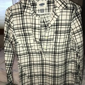 aXS 3/4 button up old navy flannel